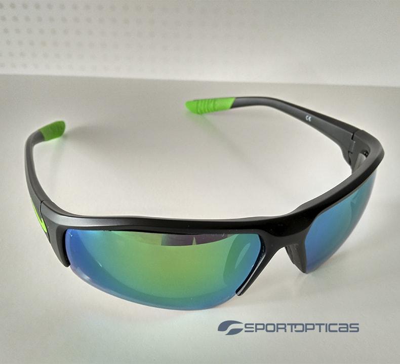 Ejemplo Nike Skylon Ace graduada con lentes green revo.