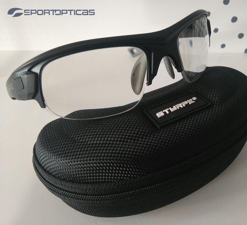 Ejemplo Styrpe Sty 03 Black/Grey graduada con lentes fotocromáticas.