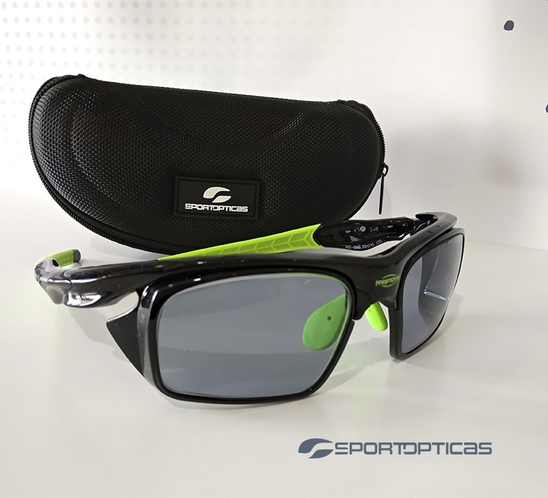 Ejemplo FeelMorys MS-049 Black/Green graduada con lentes smoke.