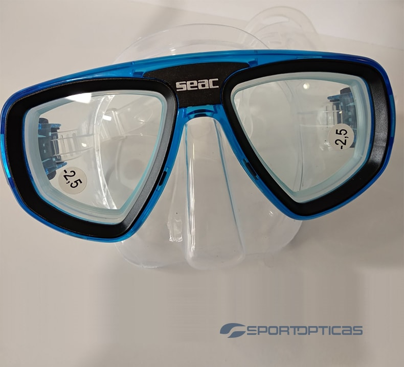 Ejemplo de una gafa de buceo Seac Sub graduada